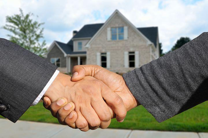 Faire appel à une agence immobilière pour une location